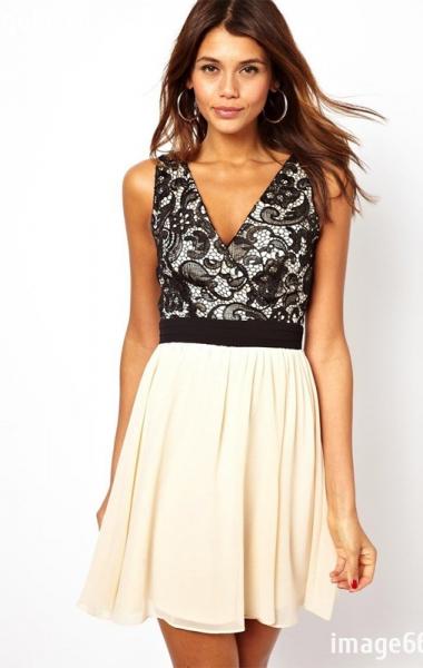 Если декольте не слишком открытое, то платье или юбка могут быть длиной по колено