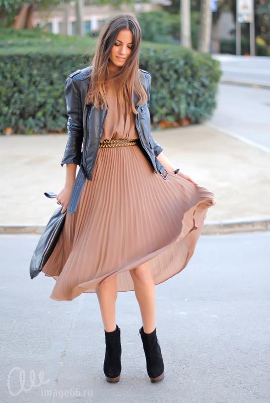 Платье и короткая кожанка