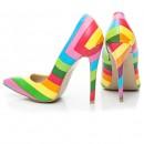 Яркие разноцветные туфли лодочки на высоком каблуке